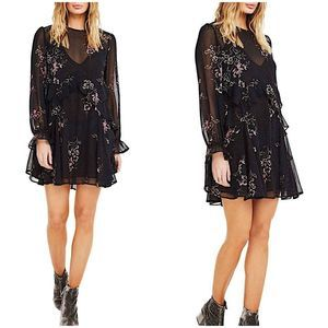 ASTR The Label Fit & Flare Floral Mini Dress